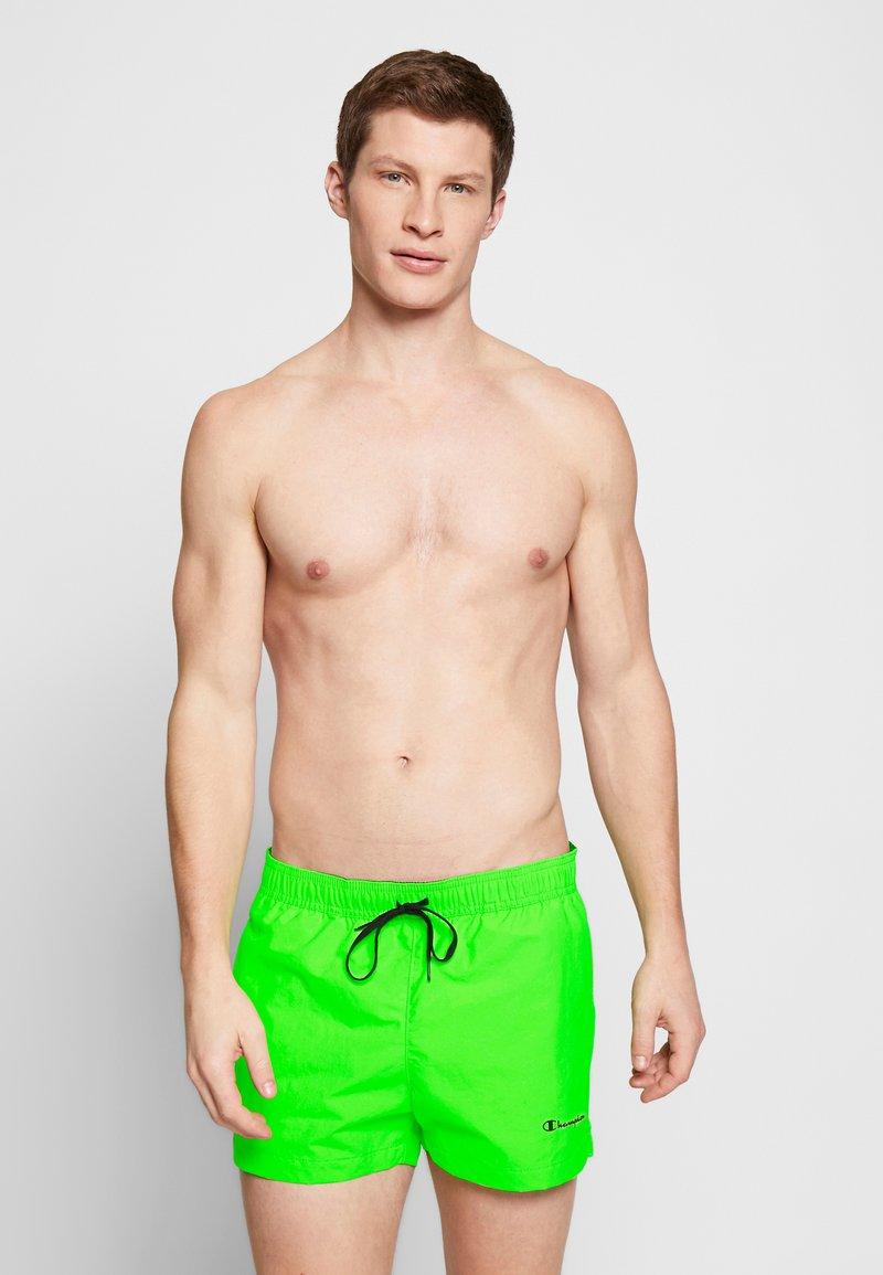 Champion - BEACHSHORT LEGACY - Swimming shorts - neon green