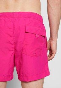 Champion - BEACHSHORT LEGACY - Shorts da mare - pink - 1
