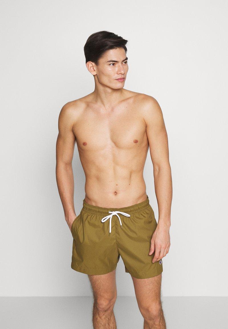 Champion - PREMIUM  - Shorts da mare - olive