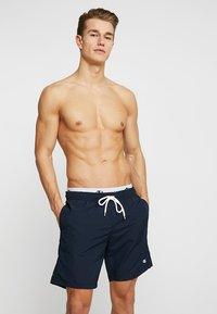 Champion - BEACH - Shorts da mare - dark blue - 0