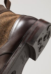 Cheaney - LIFFEY II - Lace-up ankle boots - mocha/brown - 5