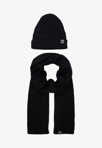 Chillouts - SET - Sjal / Tørklæder - black - 4