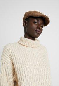 Chillouts - REGAN HAT - Cappello - brown - 5