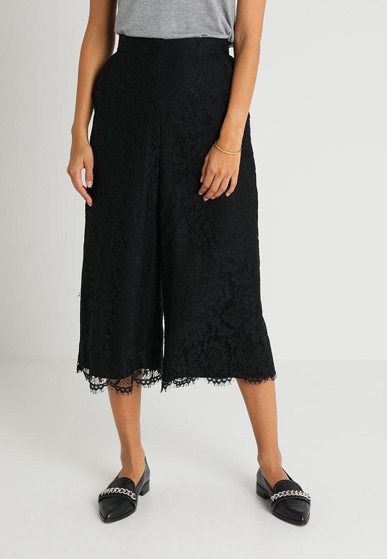 Coast - NATASHA COULOTTE - Trousers - black