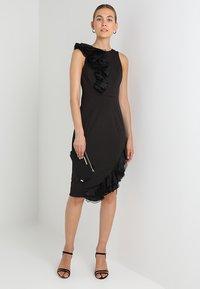 Coast - WOW CORSAGE MONO SHIFT - Shift dress - black - 2