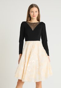 Coast - KATERINA FIT AND FLARE SEQUIN DRESS - Jersey dress - black - 0