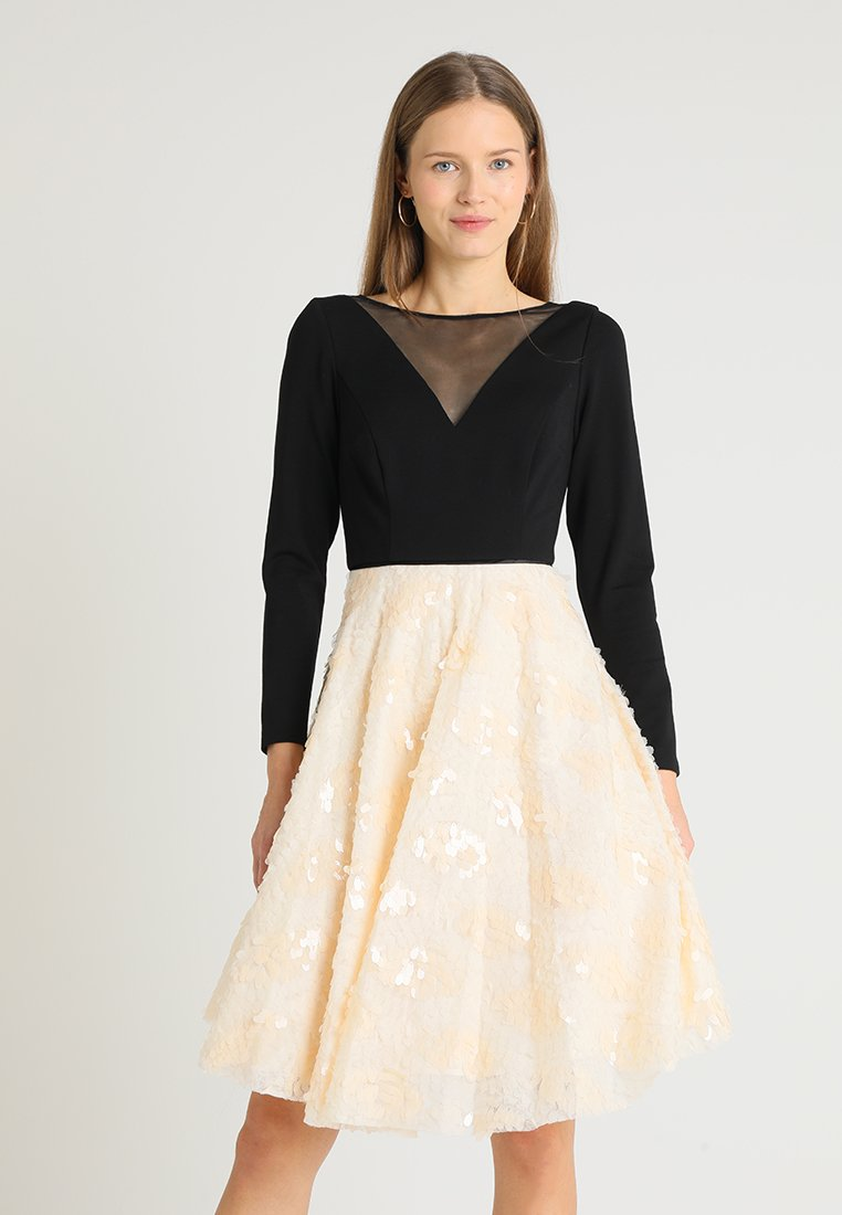 Coast - KATERINA FIT AND FLARE SEQUIN DRESS - Jersey dress - black