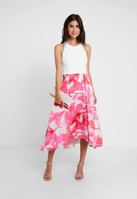 Coast - CAROLYN DRESS - Cocktail dress / Party dress - white/pink - 2