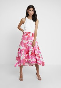 Coast - CAROLYN DRESS - Cocktail dress / Party dress - white/pink - 0