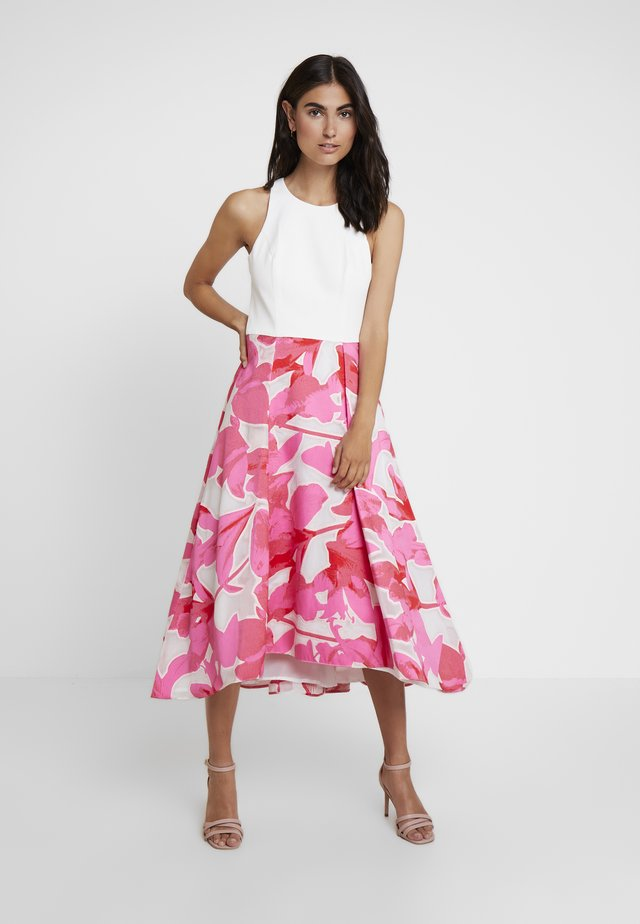 CAROLYN DRESS - Cocktail dress / Party dress - white/pink