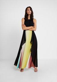 Coast - LINDSAY OMBRE MAXI DRESS - Occasion wear - multi - 2
