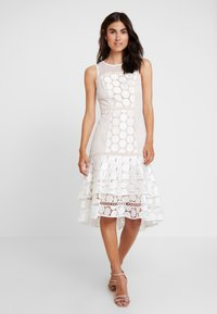 Coast - EVE GEO SHIFT - Cocktail dress / Party dress - ivory - 0