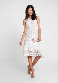 Coast - EVE GEO SHIFT - Cocktail dress / Party dress - ivory - 2