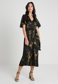 Coast - ELDORA PRINTED V NECK WIDE LEG - Jumpsuit - black - 2