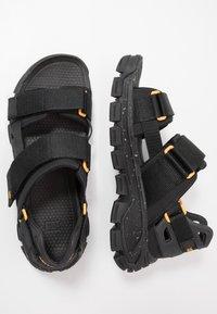 Cat Footwear - PROGRESSOR - Vaellussandaalit - black - 1