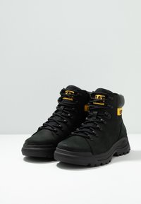 Cat Footwear - BRAWN - Lace-up ankle boots - black - 2