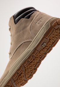 Cat Footwear - CREEDENCE - Zapatillas altas - desert mojave - 5