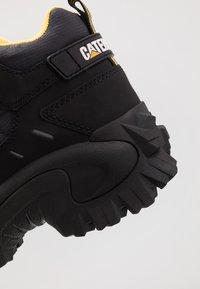 Cat Footwear - RESISTOR - High-top trainers - black - 5