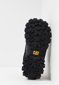Cat Footwear - INTRUDER - Trainers - black
