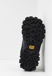 Cat Footwear - INTRUDER - Sneaker low - black - 4