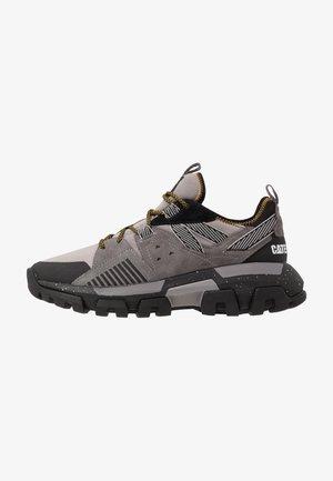 RAIDER SPORT - Sneaker low - cloudburst/black