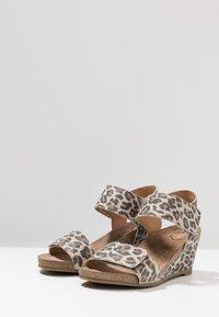 Ca'Shott - Wedge sandals - beige - 4