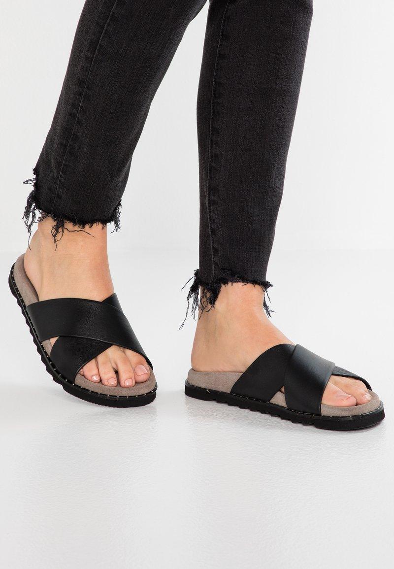 Ca'Shott - Pantolette flach - black