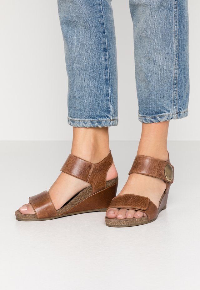 Wedge sandals - camel west