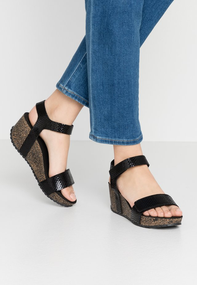 Plateausandalette - thelma black