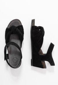 Ca'Shott - Sandály na klínu - black - 3
