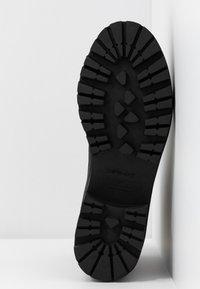 Ca'Shott - Platåstøvletter - black bandolero - 6