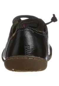 Camper - PEU CAMI - Volnočasové šněrovací boty - black - 1