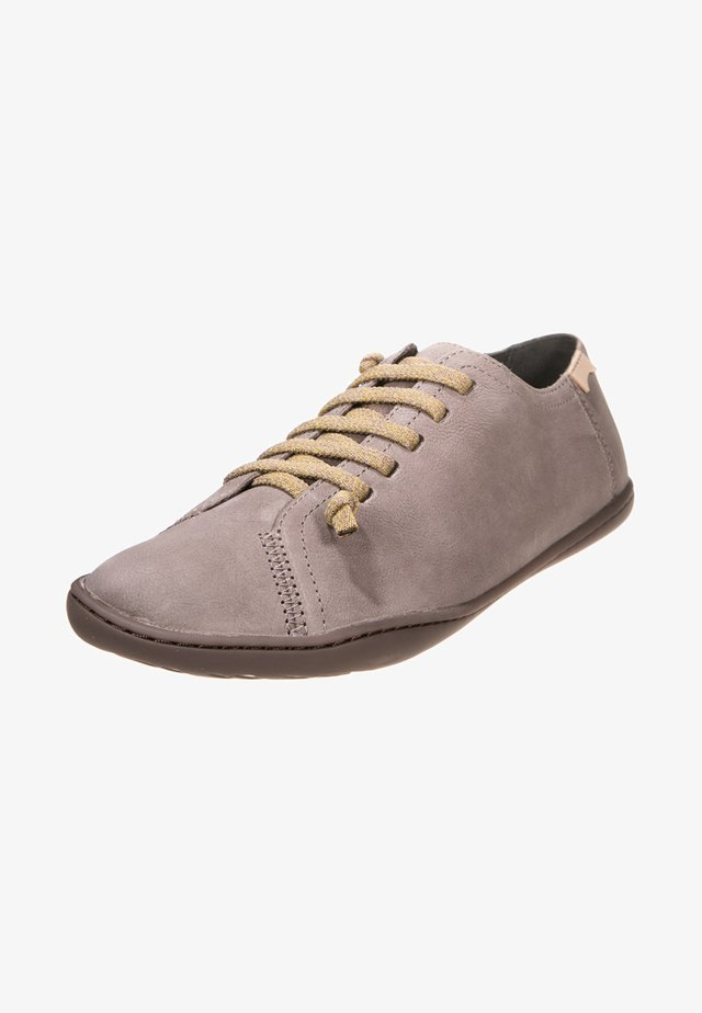 PEU CAMI - Zapatos con cordones - pastel grey