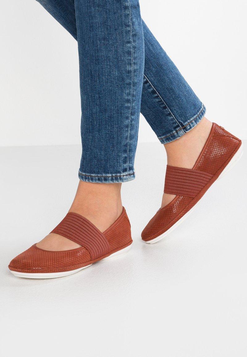 Camper - RIGHT NINA - Ankle strap ballet pumps - brown