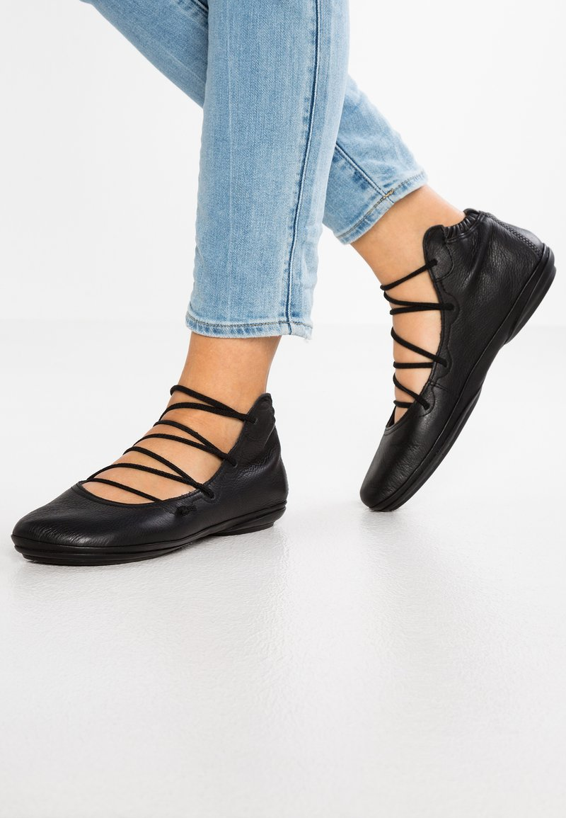Camper - RIGHT NINA - Ankle cuff ballet pumps - sella/pina