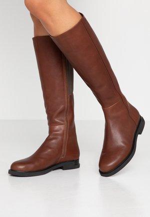 IMAN - Vysoká obuv - medium brown