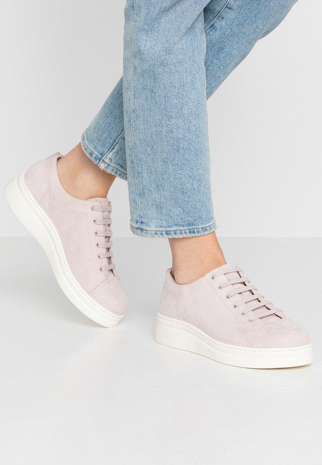 RUNNER UP - Sneakers laag - pastel pink