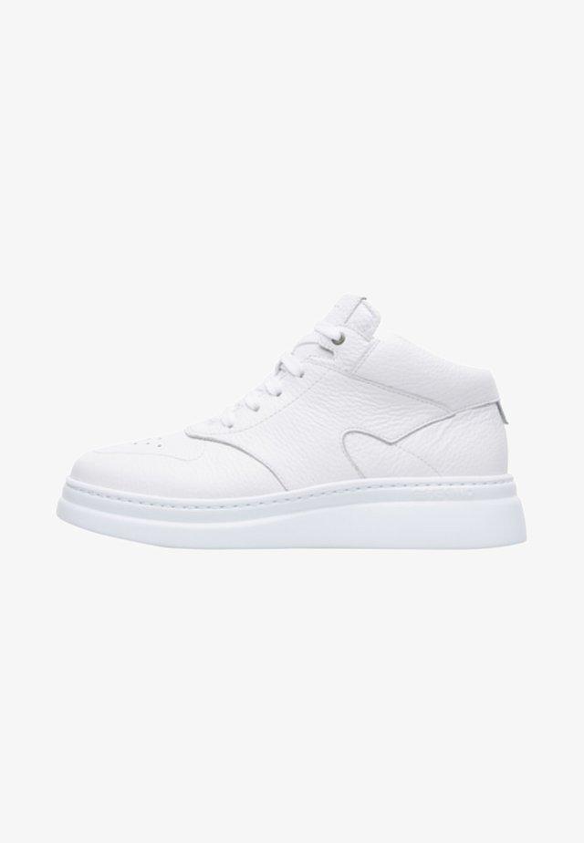 RUNNER UP - Zapatillas altas - white
