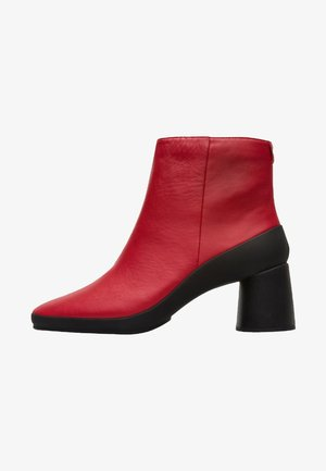 UPRIGHT - Classic ankle boots - red