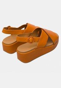 Camper - Sandalias con plataforma - orange - 3