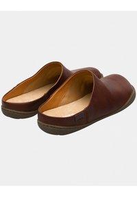 Camper - PEU  - Slippers - brown - 2