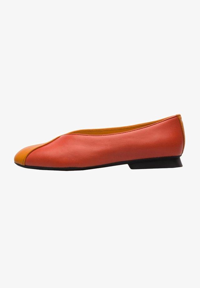 TWINS - Bailarinas - orange