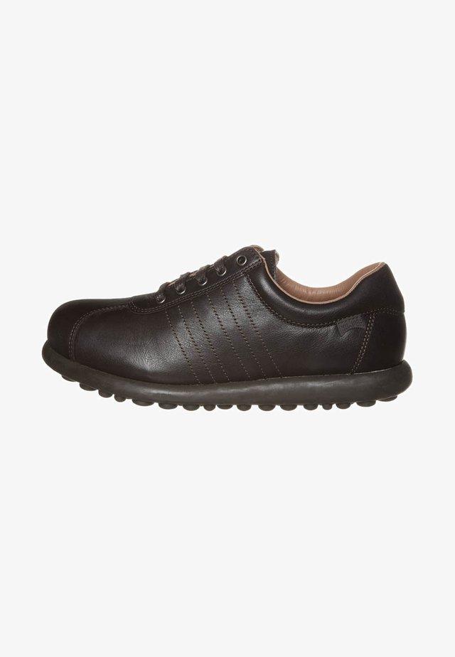 PELOTAS ARIEL - Zapatos con cordones - brown