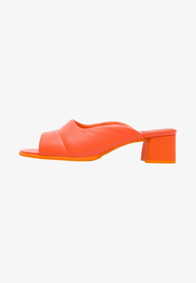 KATIE - Heeled mules - orange