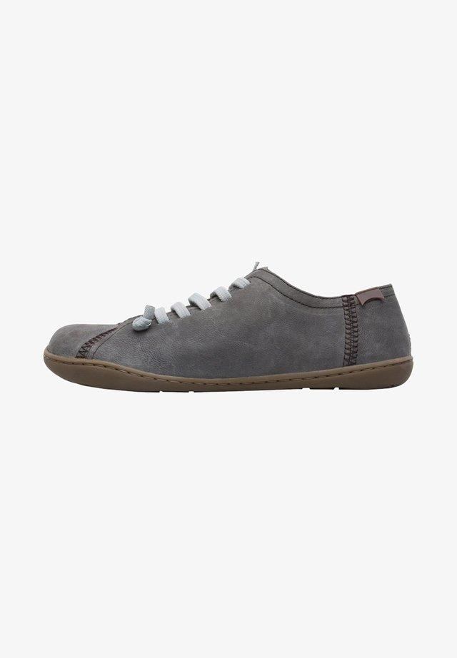 PEU 20848-187 LÄSSIGE 35 - Zapatos con cordones - grau