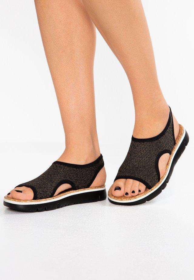 ORUGA - Sandalias - brake kiwi/sand/clara