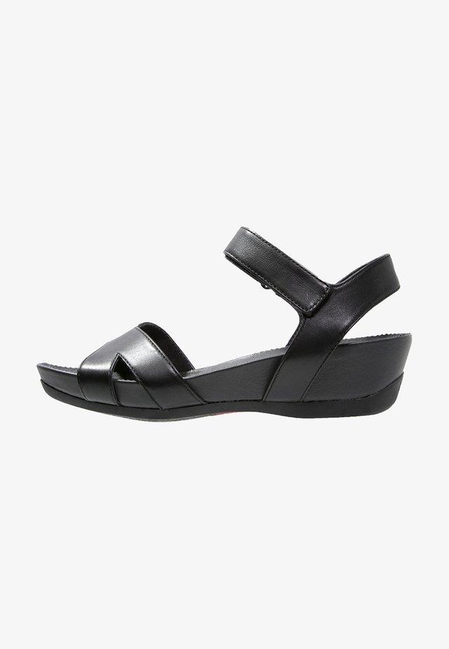 MICRO - Sandalias con plataforma - black