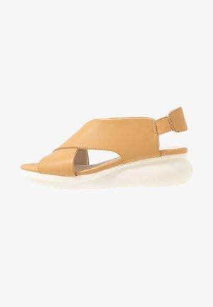 BALLOON - Sandalen met plateauzool - nude