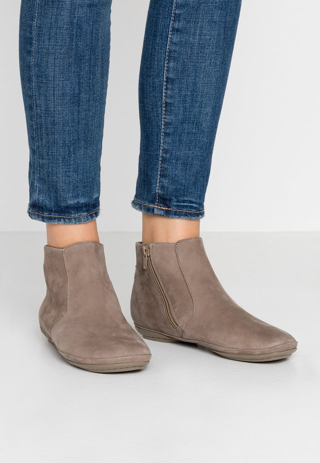 RIGHT NINA - Ankle boots - slom
