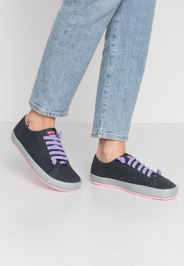PEU RAMBLA - Sneakers laag - charcoal
